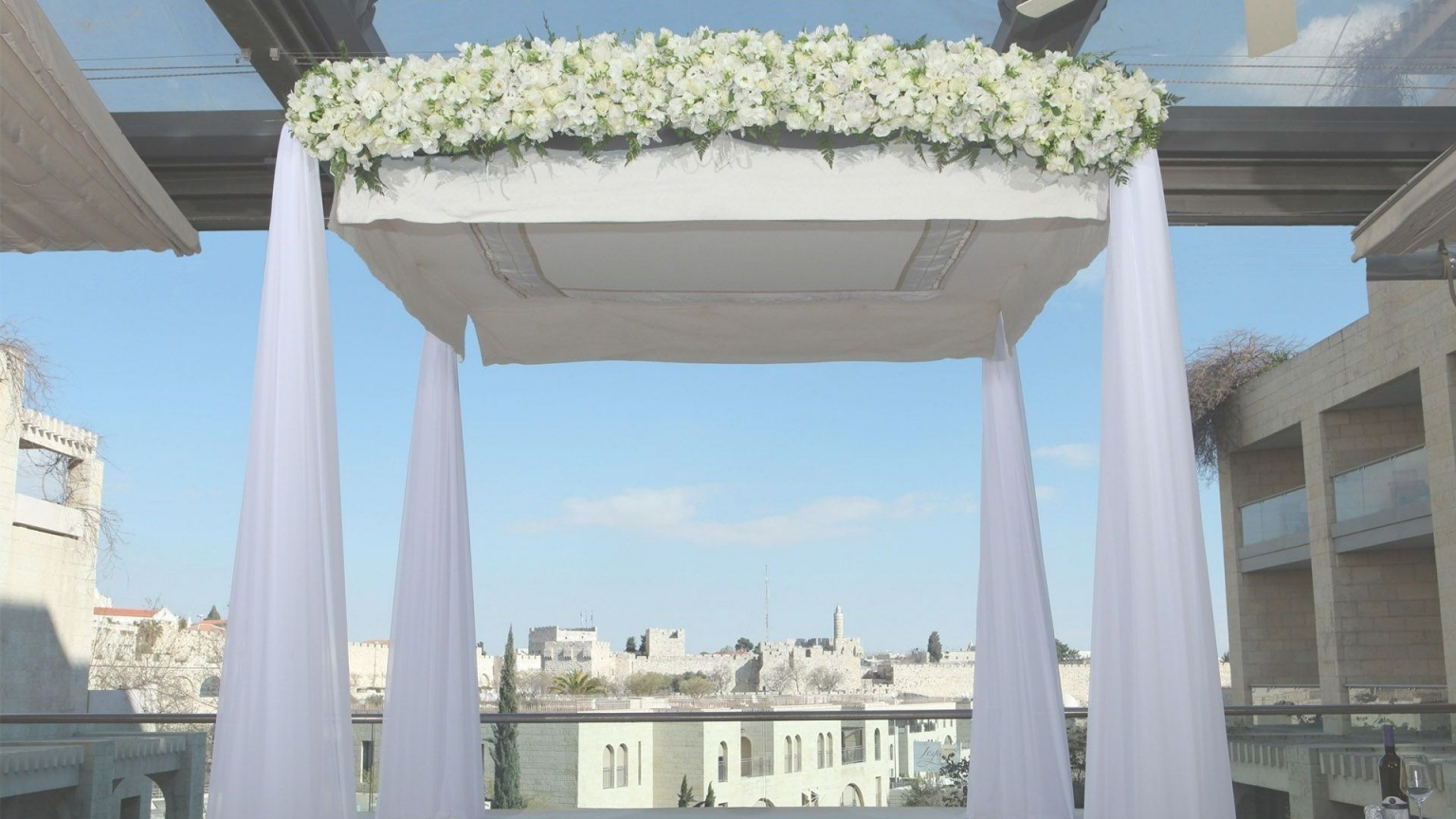 Wedding with the view of the old city - events at the David Citadel hotel