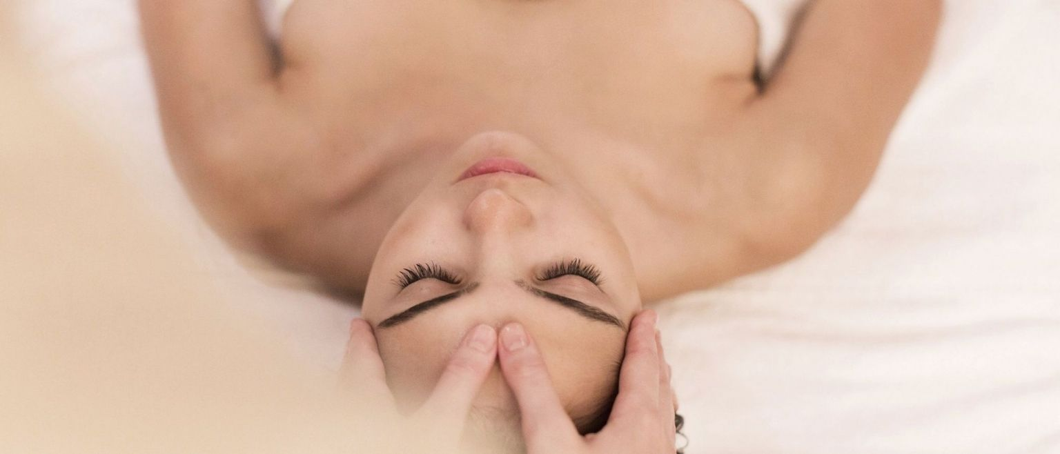 akasha holistic wellbeing spa hotel cafe royal london