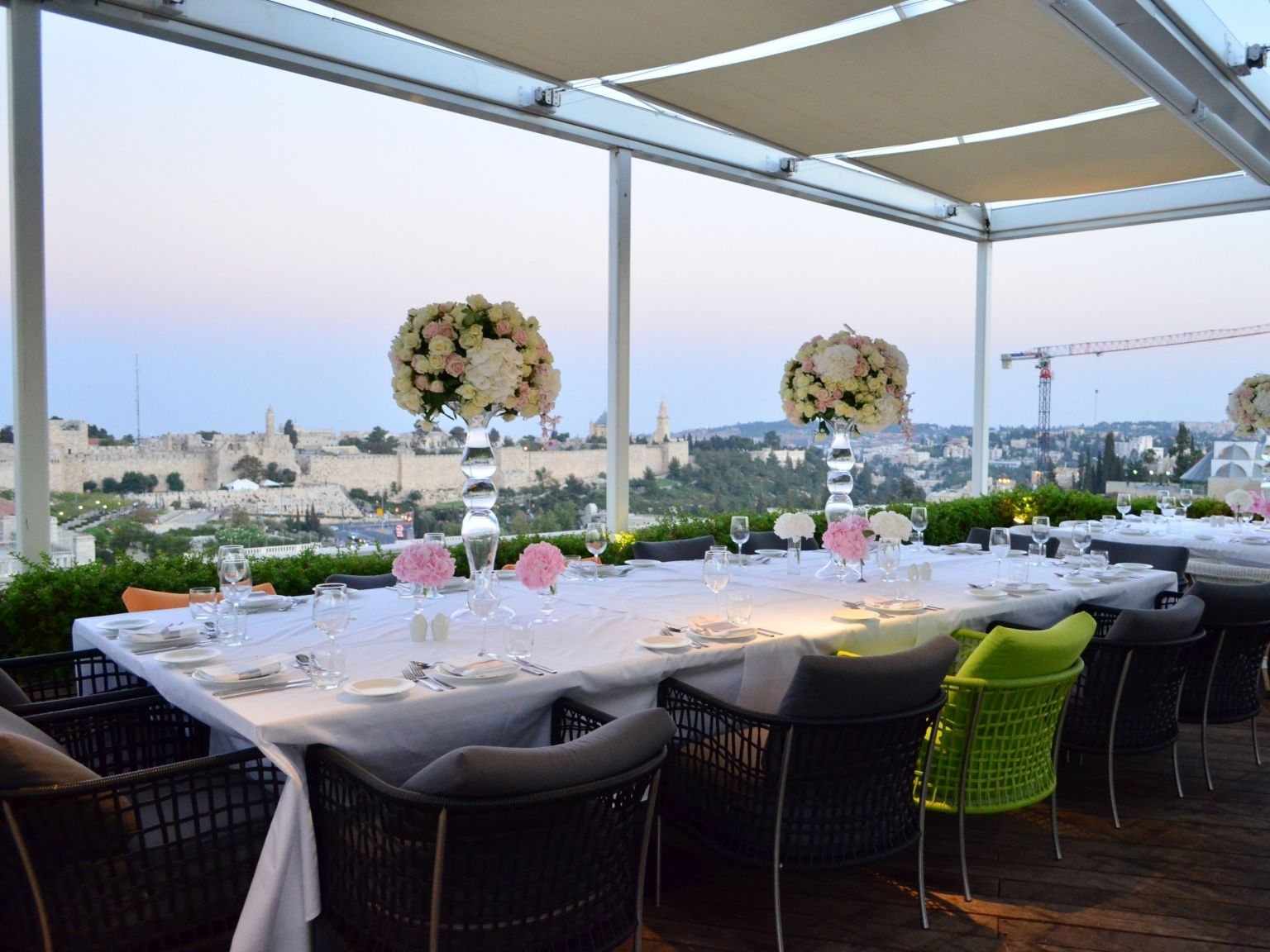 Mamilla hotel table arrangements for Jerusalem wedding