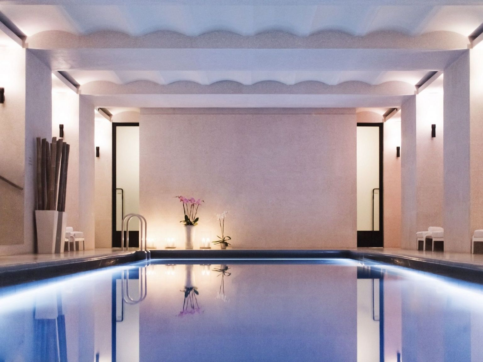 Akasha Holistic Wellbeing Centre at Hotel Cafe Royal pool
