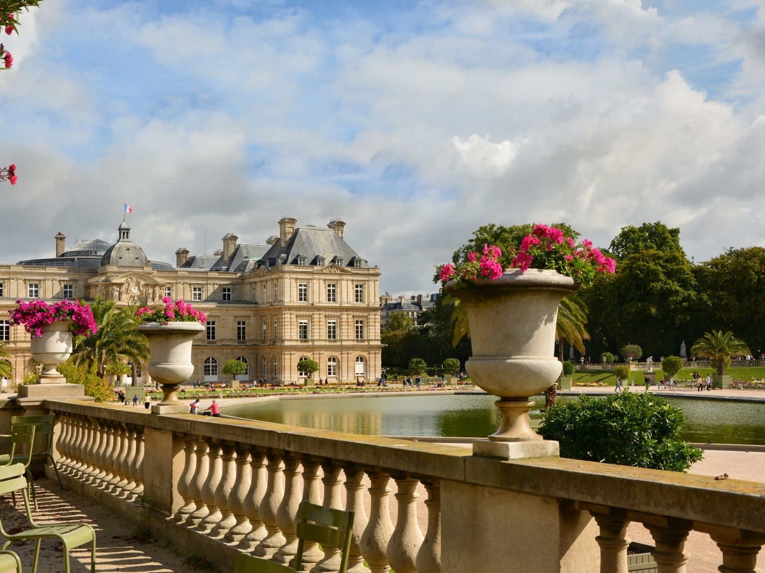 La Fiancée Du Panda the luxembourg gardens : small and big history of parisian's